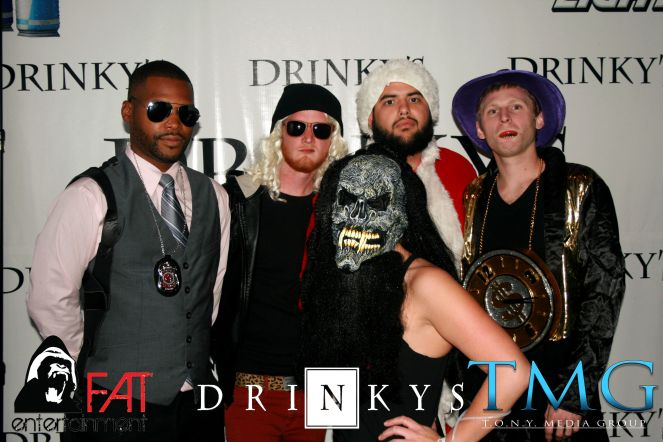 The #AMERICANHORRORPARTY On 11/1 at @DrinkysPA. Hosted By @TONYMEDIAGROUP & @FnAwesomeTime. Music By @DJDamienAnthony. Photos By @1MANBANDIT